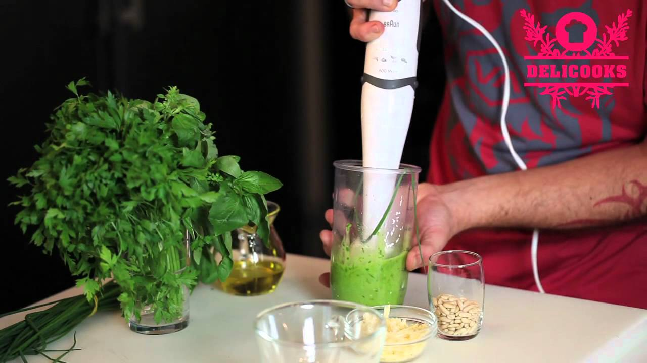 How to make pesto sauce by Delicooks