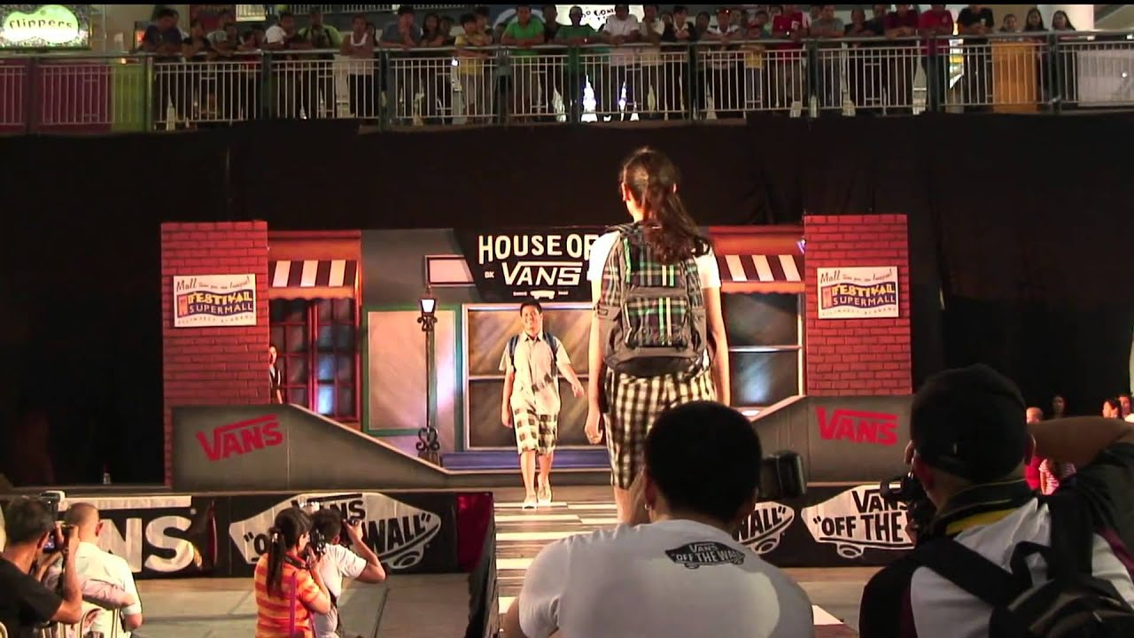 House of Vans Fashion Show 2011 - YouTube