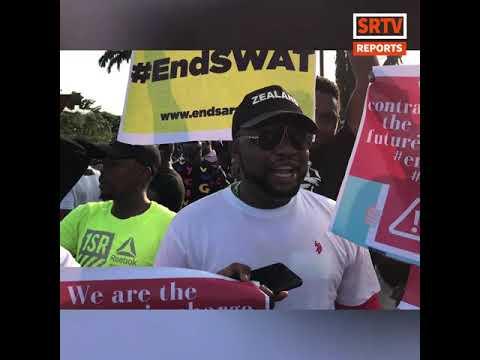 Demonstrators Barricade Lagos Ibadan Expressway As Nigerians Continue Nationwide #EndSARS Protest