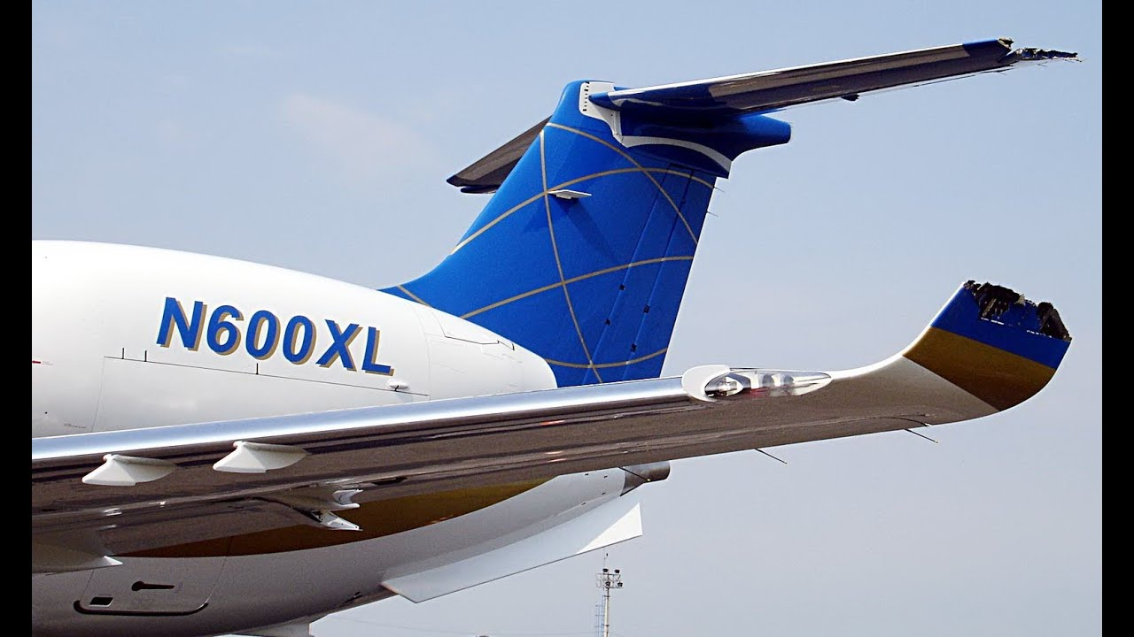 Gol Airlines Boeing 737 And Embraer Legacy 600 Business ...