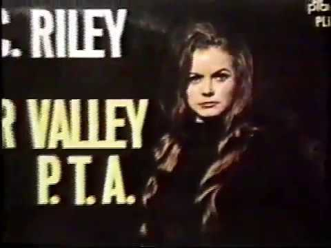 JEANNIE C. RILEY - The Story of Harper Valley P.T.A.