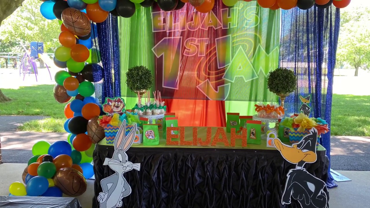 Space jam birthday party decorations - YouTube