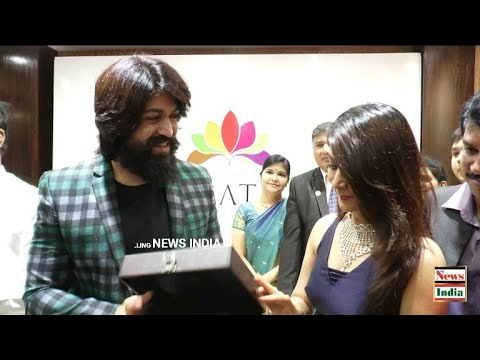 Navarathan Jewellers exclusive Diamond Boutique had been Inaugurated by Rocking superstar yash and R