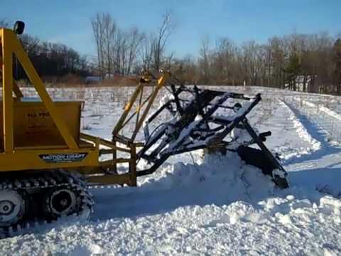 BOMBARDIER BOMBI SNOW GROOMER