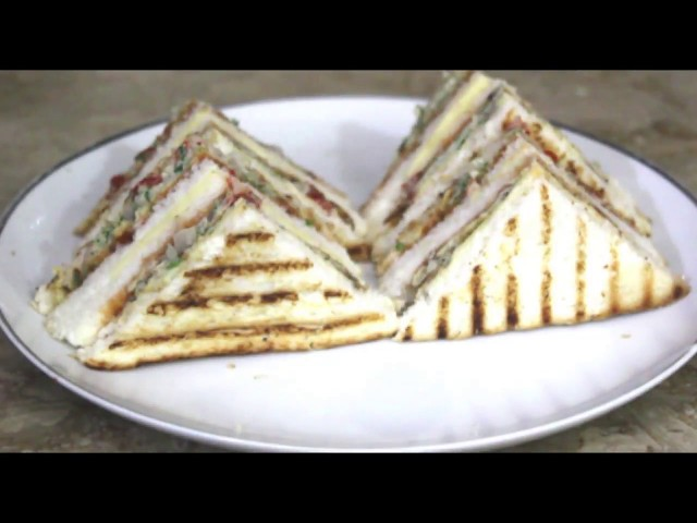 cheese omelette sandwich for breakfast/for kids lunch boxes / for hi tea