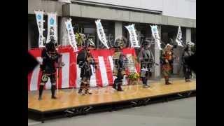 京都亀岡光秀まつりでは、鉄砲隊の演舞があり、本格的に鉄砲を発射しま...