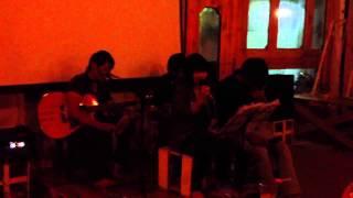 Wrecking ball - Question Mark band - Xúc Xắc Xoay coffee