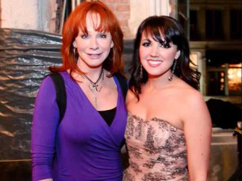 Going Out Like That - Reba Mcentire 2015