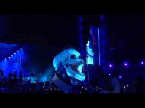 Robbie Williams - Feel (Live - Song Festival Grounds, Tallinn, Estonia, August 2013)