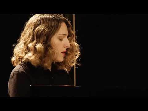 Schumann: Carnaval, Op.9 -  Marche - Dudana Mazmanishvili