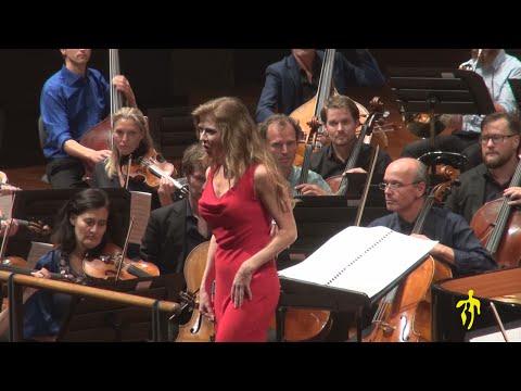 MITO 2016 - Torino - Barbara Hannigan soprano-direttore