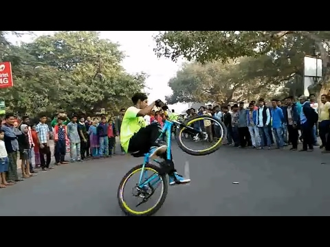 Cycle stunt at rahagiri 2017