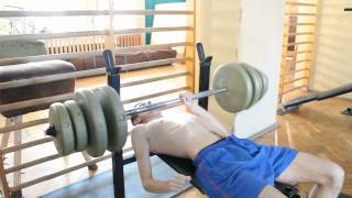 Hardcorowy Koksu bierze 200kg na klate 2017 Video