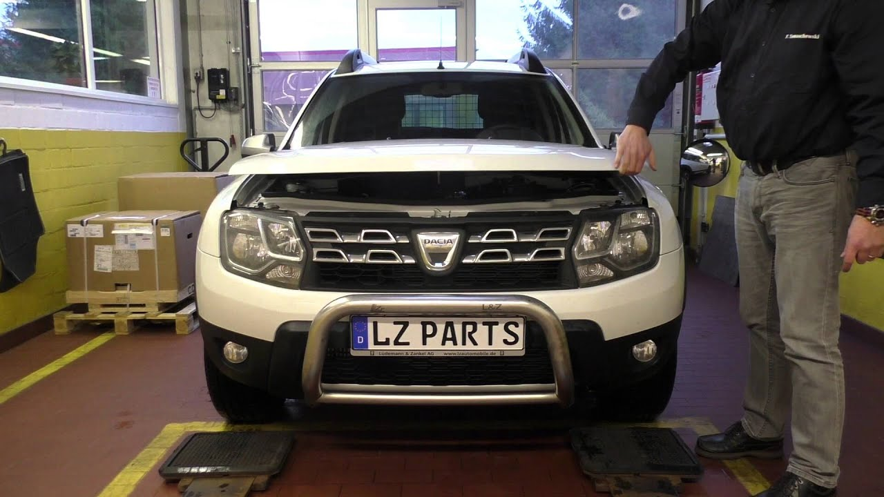 dacia duster phase 2 frontscheinwerfer mit integriertem tfl prototyp test chlh modul youtube. Black Bedroom Furniture Sets. Home Design Ideas