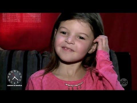 Menina de 7 anos realiza sonho com presente de dia das crianças | Primeiro Impacto (13/10/17)