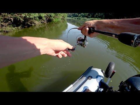 Вот это рыбалка! Сплав по красивой речке. Рыбалка на спиннинг летом.