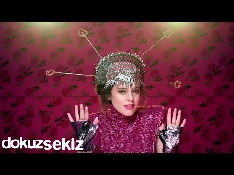Yasemin Mori - Oyna (Official Video)