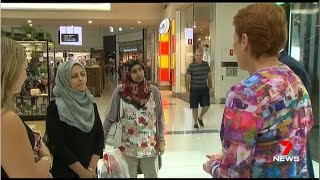 Seven News. Pauline Confronted By Muslim Women (Fools Gold Religion)