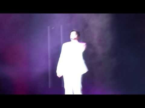 BTS Love Yourself NYC Citi Field Concert 2018 - Trivia: Just Dance (J-hope solo)