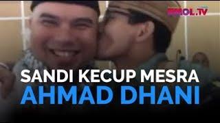 Sandi Kecup Mesra Ahmad Dhani