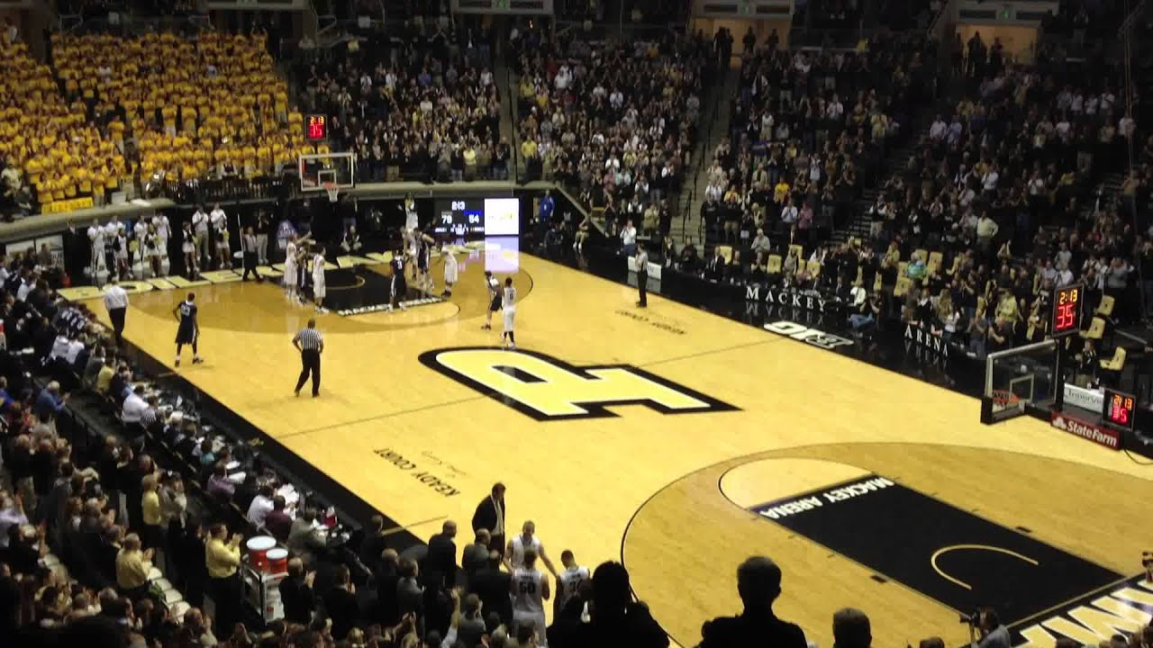 Robbie Hummel S Last Substitution In Mackey Arena Youtube