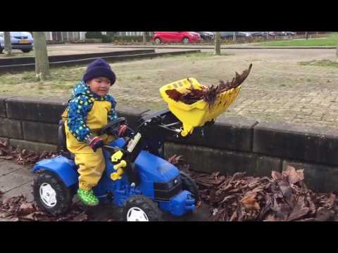 New Holland tractor for kids in action (HD)