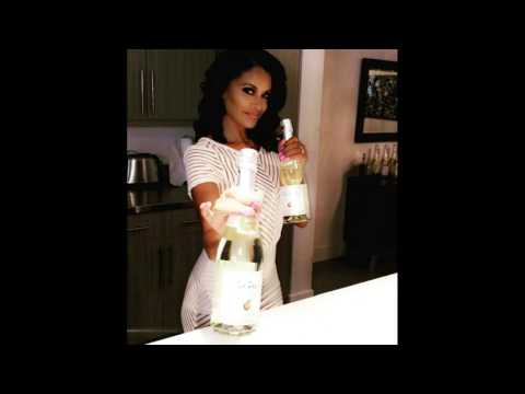 #Claudia Jordan  #JustPeachy is coming soon! Delicious sparkling wine is coming to stores! #RHOA