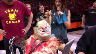 pudge cosplayer pupps out as dendi at the ti5 all star match