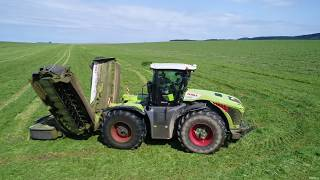 Claas Xerion 4000 TRAC VC with Claas Disco 9200 FC profil /Disco 9400C dou