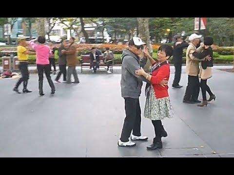 Square dancing, Shanghai
