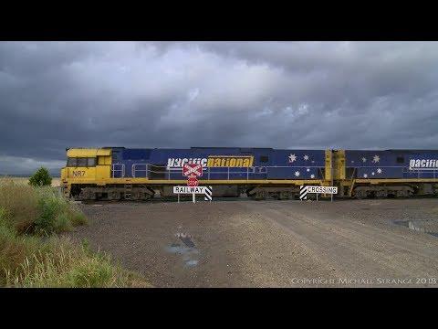 Pacific National MA5 Container Train - PoathTV Australian Railways