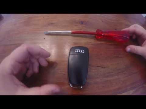 Batterie Bei Einem Audi A3 Und A4 Schlussel Youtube