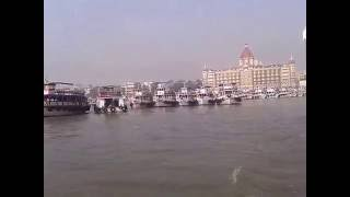 gateway-of-india-by-ferry-mumbai