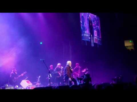 Kenny Rogers - Love Lifted Me ( A Heroes and Friends Tribute to Randy Travis) Nashville, TN 2/8/2017
