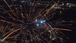 ВИДЕО: Нереально красивые кадры - салют 9 мая с высоты дроньего полета HQ 2.7К(, 2016-05-10T10:02:54.000Z)