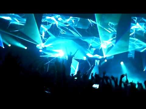 Hardwell - Solid NYE 2014 - Vancouver @ Pacific National Exhibition - December 31, 2013 - Part 2