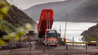 Gambar cover Volvo Trucks - Volvo Trucks provides autonomous limestone transport in Norway