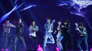 BTS - Concert Paris 19.10.2018 - Intro + Idol
