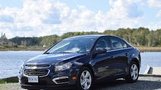 2015 Chevrolet Cruze Test Drive(Autos.ca video review of the 2015 Chevrolet Cruze, presented by Justin Pritchard., 2015-10-08T15:14:04.000Z)