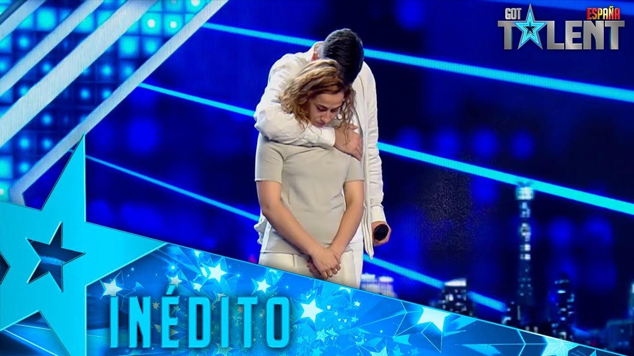 NUNCA VISTO: Este cantante actúa con su FAN sobre el escenario | Inéditos | Got Talent España 2021