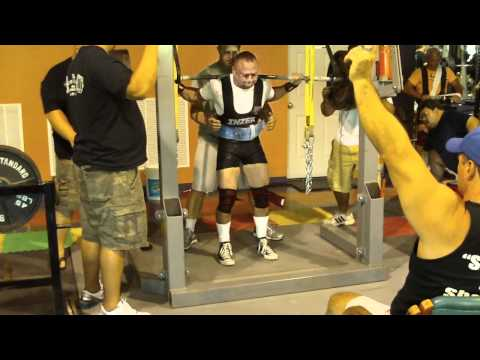 Joseph McNeil 148 class 525 squat
