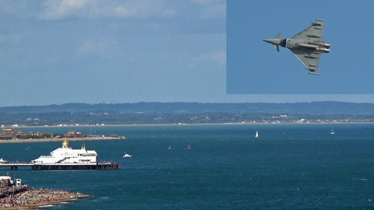 Eastbourne Air Show >> Raf Typhoon Flying At Eastbourne Airshow 2018 Cliff View Youtube