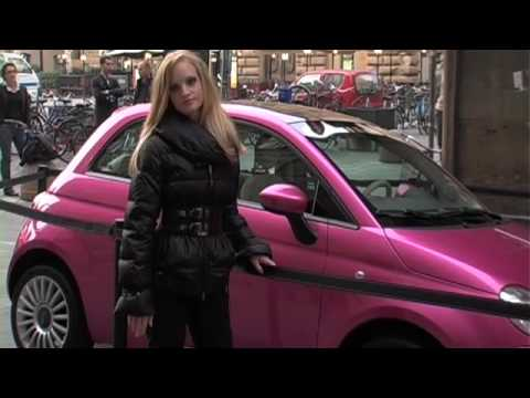 fiat 500 barbie auction for save the children youtube. Black Bedroom Furniture Sets. Home Design Ideas