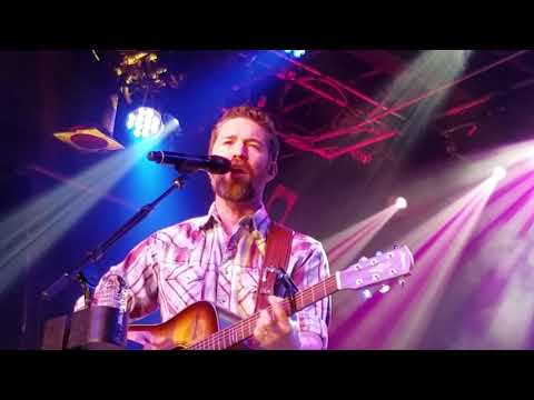 Josh Turner Hometown Girl at Billy Bobs 12917