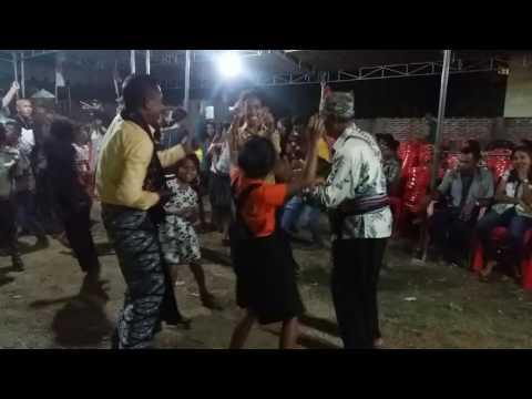 Goyang Dansa Pesta di Atambua by Verny Boymau