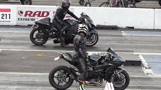 Download H2 Ninja vs Hayabusa - motorcycles drag racing Mp3 and Videos
