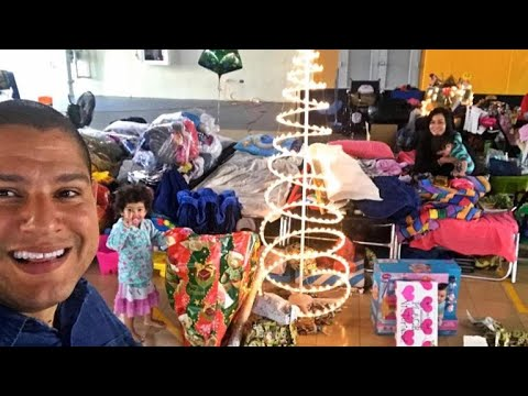 Puerto Ricans adapt for first Christmas post Hurricane Maria