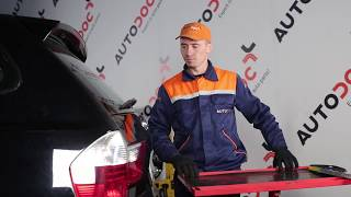 Wie BMW X3 E83 Scheibenwischer hinten wechseln TUTORIAL | AUTODOC