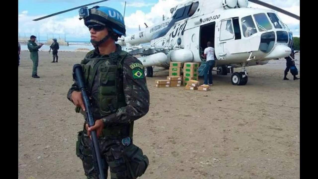 Missão Haiti - Exército Brasileiro - YouTube 4bc7d5152d1