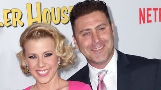EXCLUSIVE: Jodie Sweetin Hilariously Reveals Her 'Fuller House' Co-Stars Vetted Her Fiance!